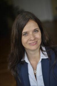 Stefanie Holzmann
